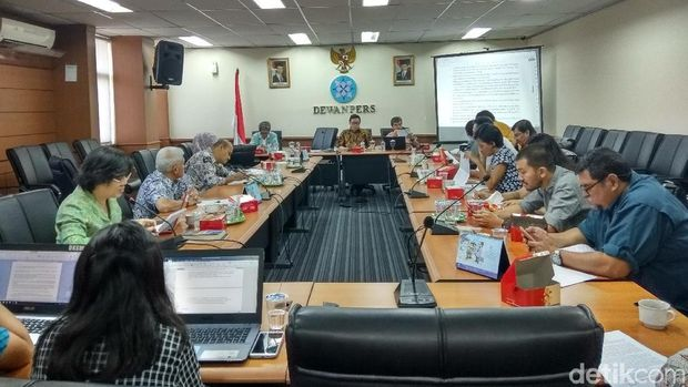 Dewan Pers Siapkan Draf Panduan Pemberitaan Bunuh Diri