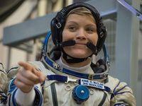 Christina Koch, salah satu astronot perempuan yang akan melakukan spacewalk bulan ini.