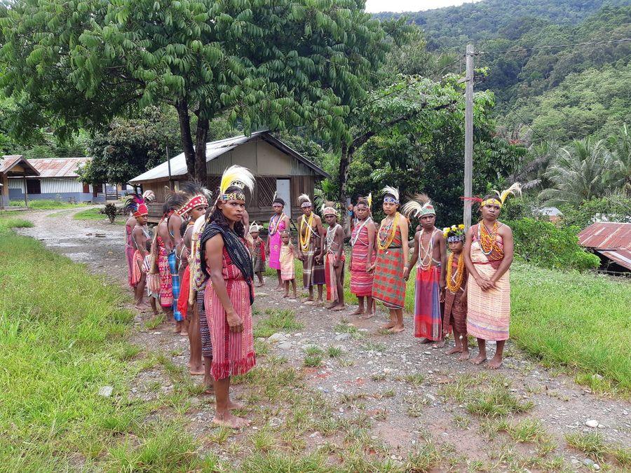 Kabupaten Tambrauw memiliki Distrik Miah yang kaya akan potensi wisata. Desa ini sudah memiliki sanggar budaya yang dikelola langsung oleh suku Miah. (Bonauli/detikTravel)