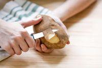 Jangan Langsung Dibuang! Kulit Buah dan Sayur Ini Kaya Manfaat
