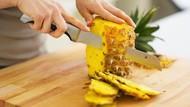Begini Nih Cara Makan Buah Nanas yang Benar dan Praktis