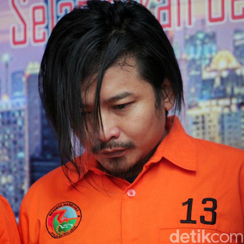 Ekspresi Zul, Vokalis Band Zivilia Terduga Bandar Narkoba