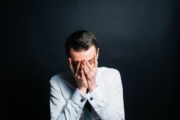 Ilustrasi pria sedih. Foto: Dok. iStock