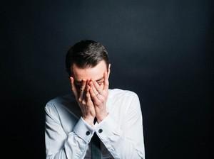 Curhatan Sedih Pria Lewatkan Momen Terakhir Ayahnya karena Ditahan Manajer