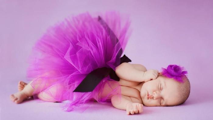Nama Bayi Perempuan Bermakna Lagu dan Melodi