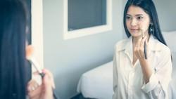 Satu Lagi Bedanya Anak IPA dan IPS, Terungkap dari Perilaku di Depan Kaca