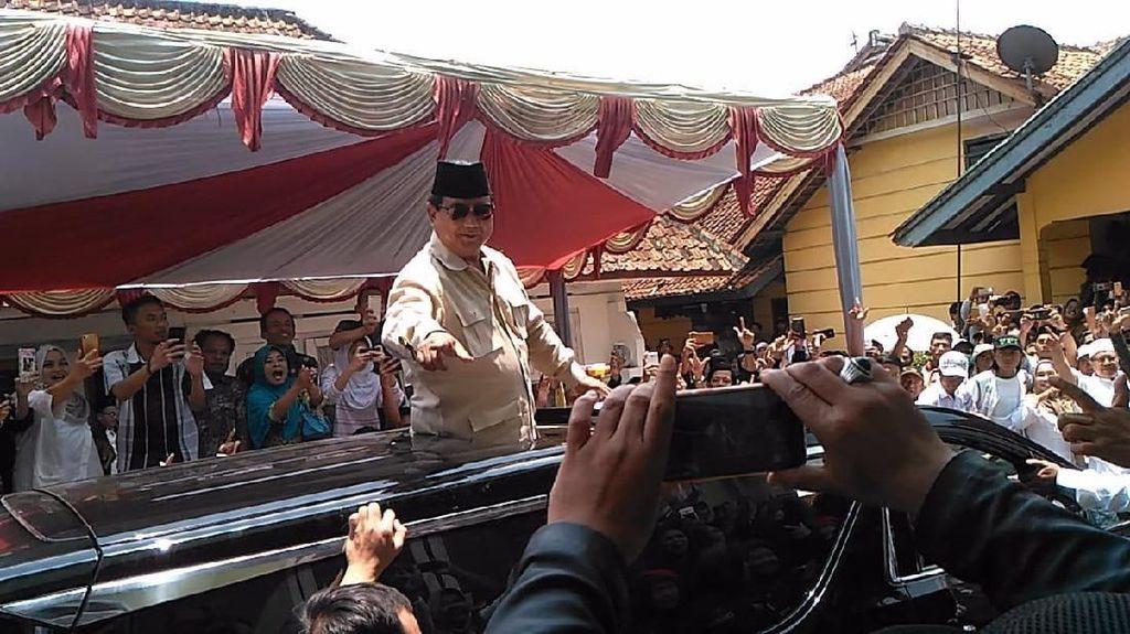 Prabowo Tolak Nyanyi Bukan karena Lirik Islami