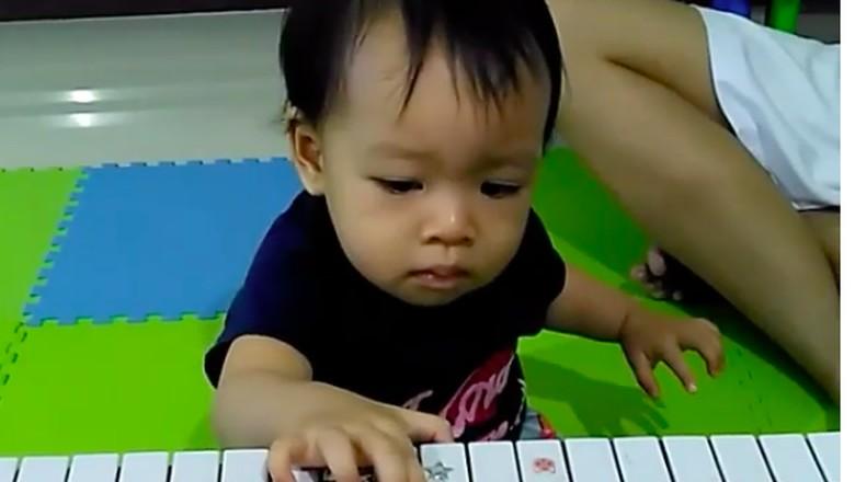 4 Tips Kembangkan Bakat Anak di Bidang Musik/ Foto: Instagram @canzonamusicschool