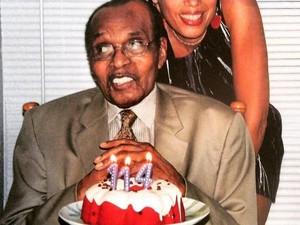 Pria 114 Tahun Ungkap 5 Makanan yang Membuatnya Panjang Umur