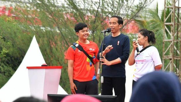 Sering Beri Hadiah, Jokowi Ajak Ber