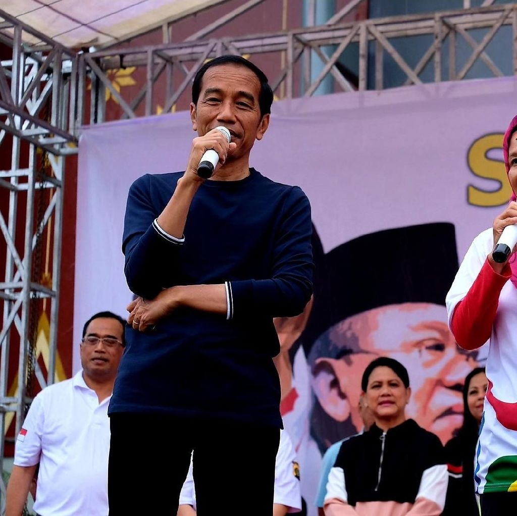 Jokowi: Tunjukkan ke Saya Presiden yang Ngecek Jalan Sampai 8 Kali