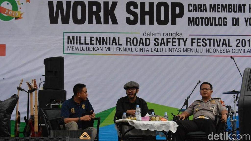 Polisi di Gresik Gandeng Motovlogger Meriahkan MRSF 2019