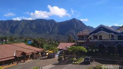 Marak Travel Transit, Hotel di Bromo Pasang Tarif Murah