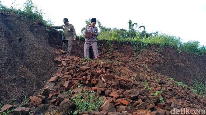 Cerita Warga Temukan Situs Kuno di Tol Pandaan-Malang