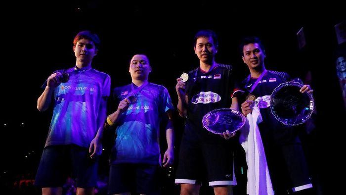 Hendra Setiawan/Mohammad Ahsan menjadi juara All England 2019. (Andrew Boyers/Reuters)