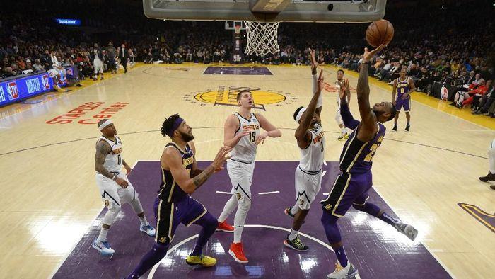 LA Lakers tumbang di tangan Boston Celtics. (Foto: Robert Laberge/Getty Images)