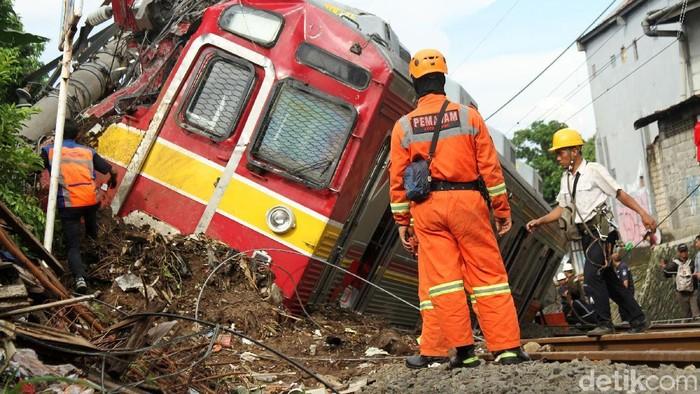 Peristiwa kecelakaan sangat mungkin menyisakan trauma (Foto: Rifkianto Nugroho)