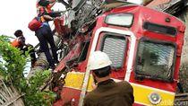 Perjuangan Petugas Evakuasi KRL Anjlok Demi Pulihnya Relasi Jakarta-Bogor