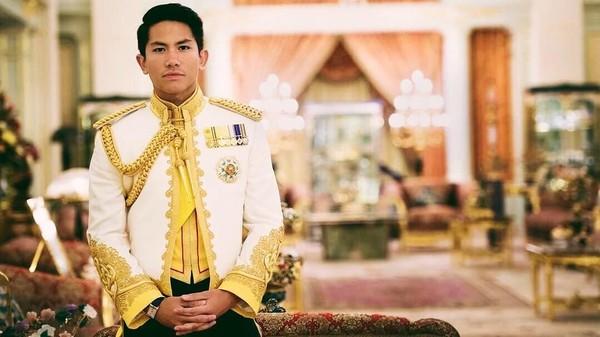 Pangeran Abdul Mateen merupakan putra dari Sultan Brunei Darussalam, Hassanal Bolkiah. Di Instagram pribadinya, dia sering memposting foto-foto liburannya (Instagram/tmski)