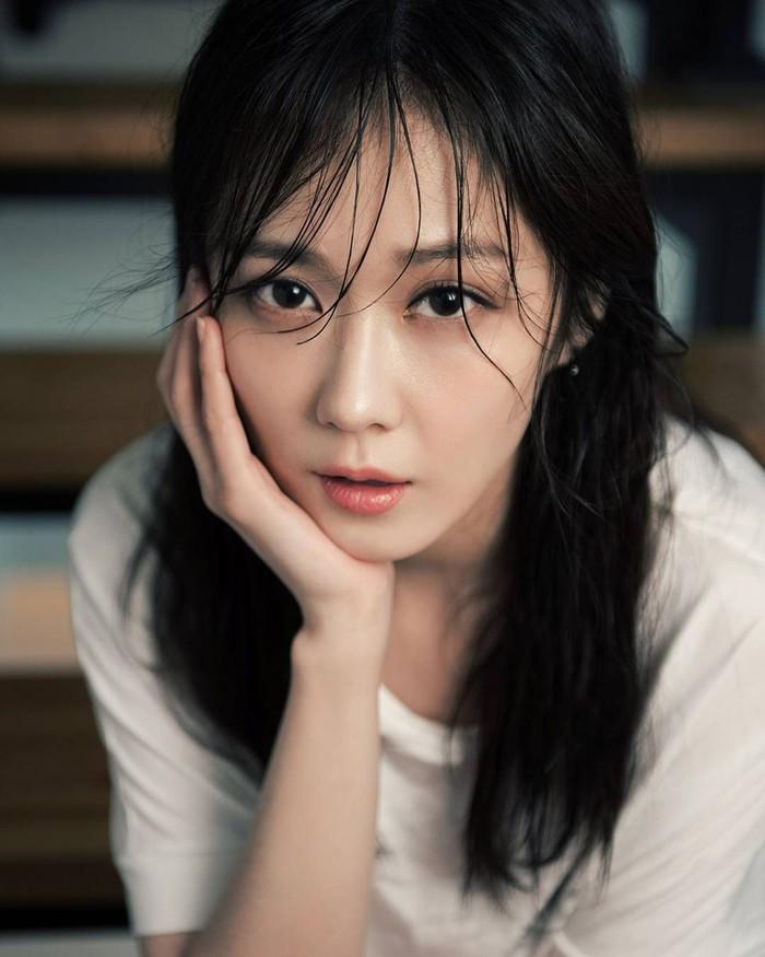 Si Cantik Jang Nara, Pemeran Permaisuri di 'The Last Empress