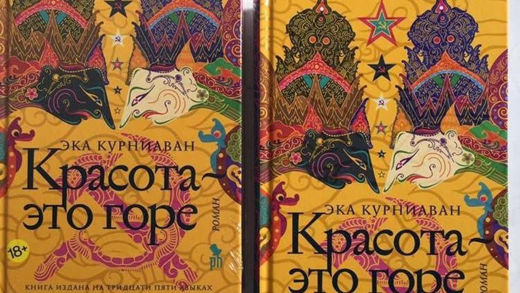Makin Mendunia, Ini Novel Cantik Itu Luka Edisi Bahasa Rusia
