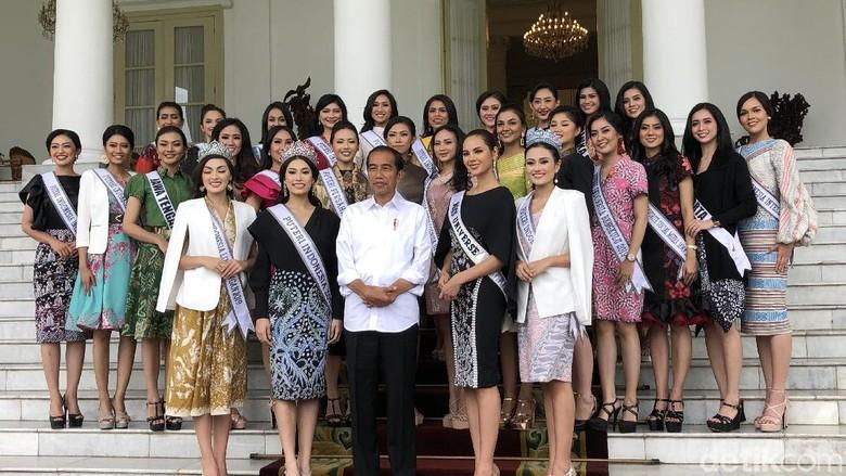 Jokowi Diapit Miss Universe dan Puteri Indonesia di Istana Bogor