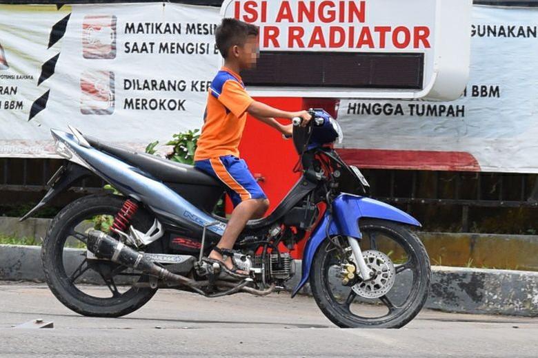 Anak Berkendara motor