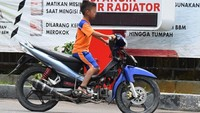 Anak-anak Belajar di Rumah, Jangan Main Motor di Jalanan!