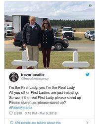 Netizen Buat Teori Konspirasi Melania Trump Punya Kembaran Gara-gara Foto Ini