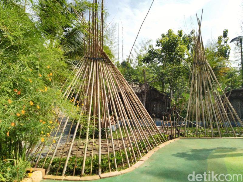 Wedding outdoor berkonsep rumah Hobbit ini digagas Andri Helmi Munawar (33). Lokasinya di Jl Otto Iskandardinata, Desa Panyingkiran, Ciamis (Dadang Hermansyah/detikcom)