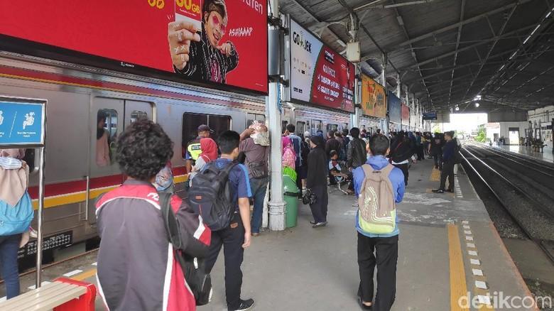 Hindari Penumpukan, Ini Imbauan untuk Penumpang KRL di Stasiun Bogor