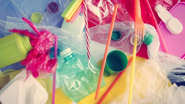 Ilustrasi plastik