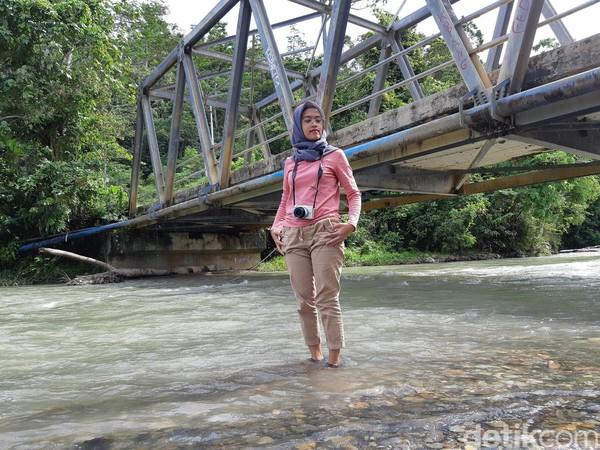 Selain ada mitos tentang jodoh, sungai ini juga cantik untuk spot foto sambil main air. Bagaimana traveler, mau coba? (Bonauli/detikcom)