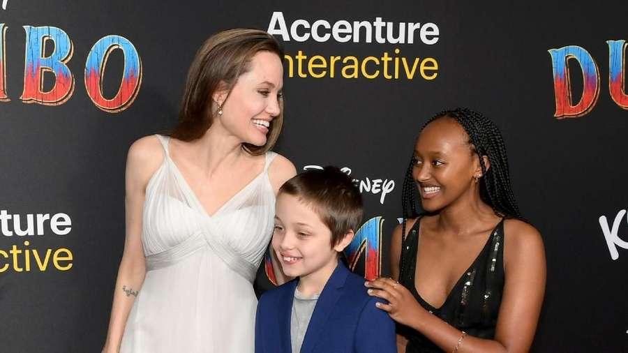 Angelina Jolie Ajak Anak-anaknya di Premiere Dumbo