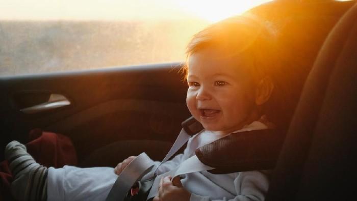 Inspirasi nama bayi laki-laki bermakna fajar/ Foto: iStock
