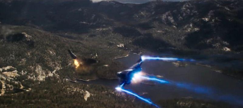 Dalam adegan kejar-kejaran antara Yon-Rogg dan Carol Denvers serta Mar-Vell, pesawat keduanya jatuh di danau. Lokasinya di Shaver Lake yang merupakan bagian dari Taman Nasional Sierra (Marvel Studios)
