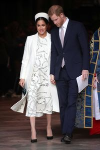 Victroia Beckham Pakai Gaun Mirip Meghan Markle ke Pernikahan Sergio Ramos