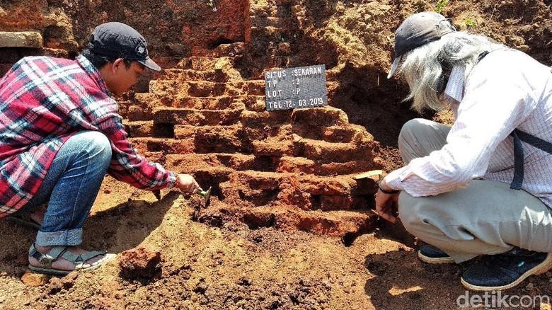 3 Situs Kuno Tercatat Tertabrak Proyek Tol di Jawa Timur