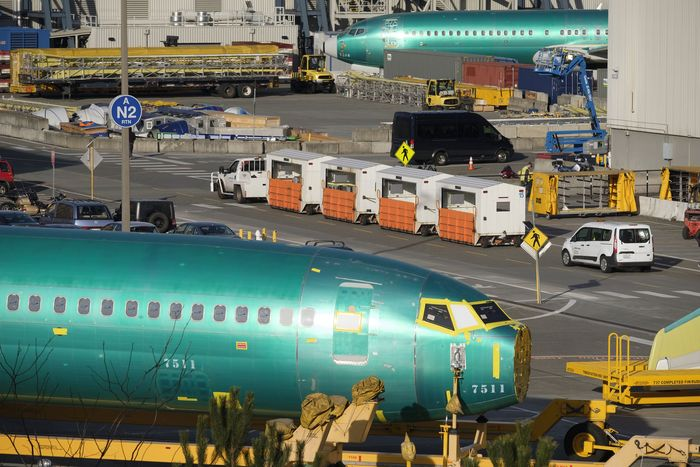 Begini suasana di luar pabrik Boeing di Renton, Washington, Amerika Serikat. Stephen Brashear/Getty Images.