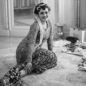 Cantiknya Putri Keraton Solo Saat Menikah Pakai Kebaya Didiet Maulana