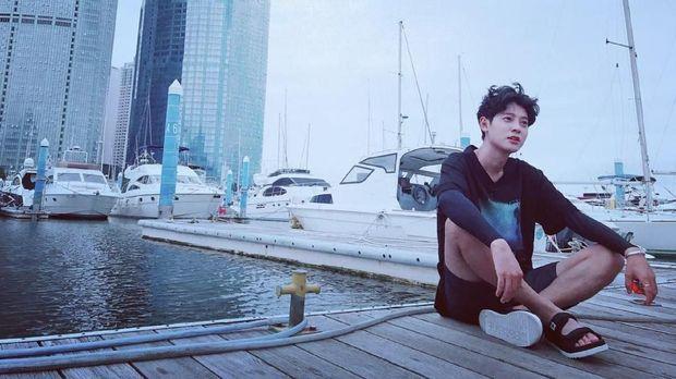 Terseret Skandal Seungri, Jung Joon Young Dijambak di Bandara