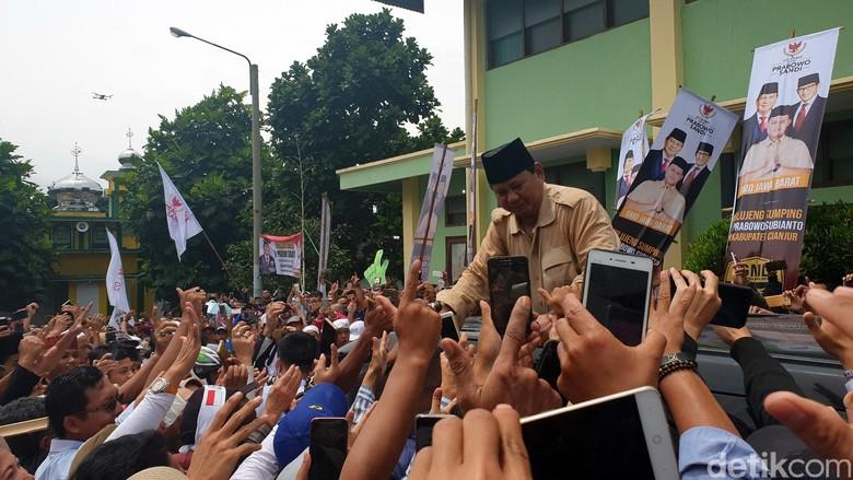 Prabowo Minta Pendukungnya Nginap di TPS Saat Hari Pencoblosan