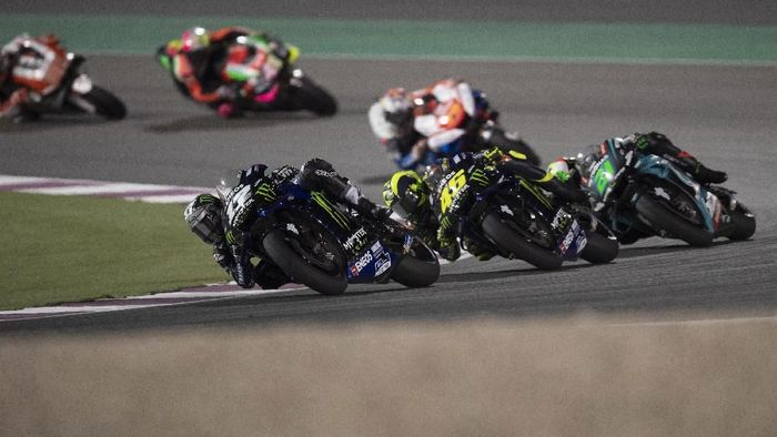 Start dari pole position, Maverick Vinales cuma finis di posisi ketujuh di MotoGP Qatar (Foto: Mirco Lazzari gp/Getty Images)