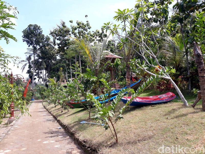 Suasana di Wulenpari sangat asri dan hijau. Bikin betah siapapun yang datang ke sini. Wulenpari sendiri artinya untaian padi. (Pradito Rida Pertana/detikcom)