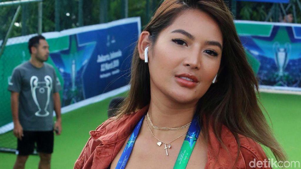 Dilamar Pria Tahiti, Maria Selena Akan Nikah Tahun Depan