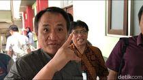Andi Arief Sentil Anies Baswedan: Jangan Diam dan Main Aman