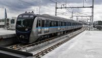 Tarif MRT Jakarta Berlaku Normal Senin Besok