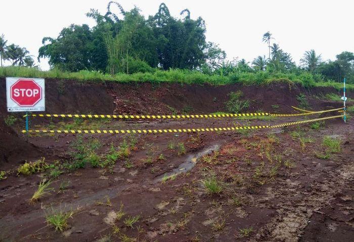 Situs berupa struktur batu bata kuno ditemukan pekerja proyek tol Pandaan-Malang, lokasinya berada di station 37 Desa Sekarpuro, Kecamatan Pakis, Kabupaten Malang. Istimewa/Jasa Marga.