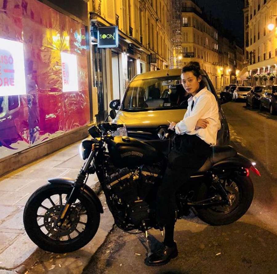 Usai Seungri, Jung Joon Young Putuskan Rehat dari Entertain