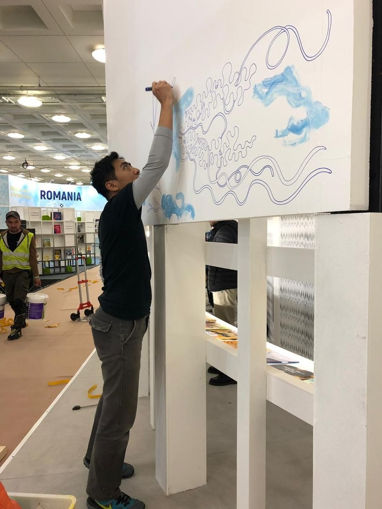 Keren! Ilustrator Emte Live Mural di London Book Fair 2019